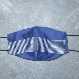Adult size facemask with filter pocket